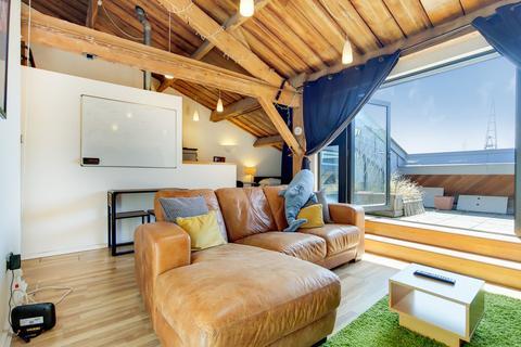 1 bedroom apartment to rent - K Warehouse, Royal Victoria Dock, E16