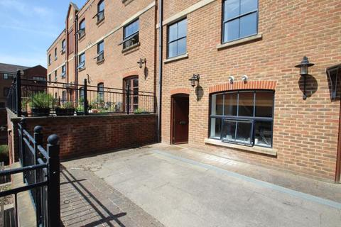2 bedroom apartment for sale - Whitefriars Wharf