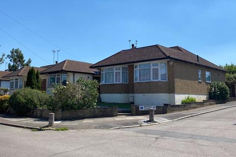 3 bedroom bungalow for sale - Connaught Avenue, Barnet