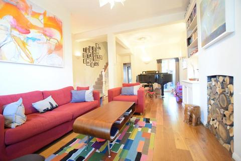 4 bedroom terraced house to rent - Searles Road, London SE1