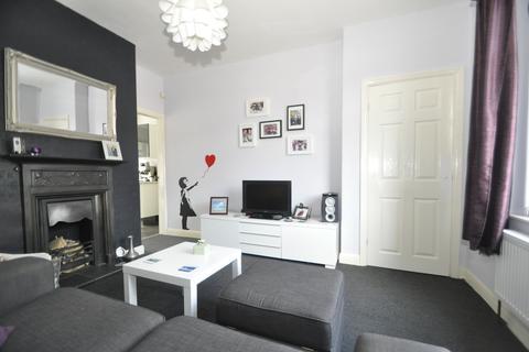 2 bedroom terraced house to rent - Lord Street, Stalybridge,