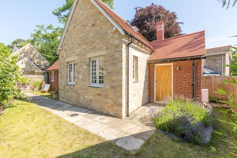 2 bedroom detached house for sale - Lawn Upton Close, Oxford