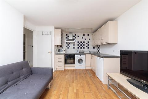 1 bedroom flat for sale - Newport Court, WC2H