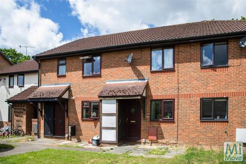 2 bedroom terraced house for sale - Langshott, Horley