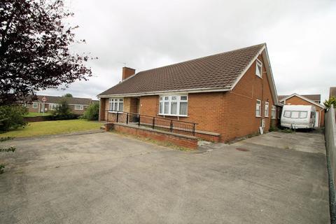 6 bedroom detached bungalow for sale - Dunelm Road, Elm Tree, Stockton-On-Tees