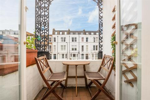 2 bedroom flat for sale - Sinclair Road, Brook Green, London W14