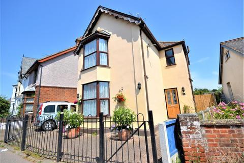 3 bedroom detached house for sale - Station Road, Burnham-On-Crouch