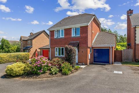 4 bedroom detached house for sale - Bridleway Lane, Kingsnorth, Ashford