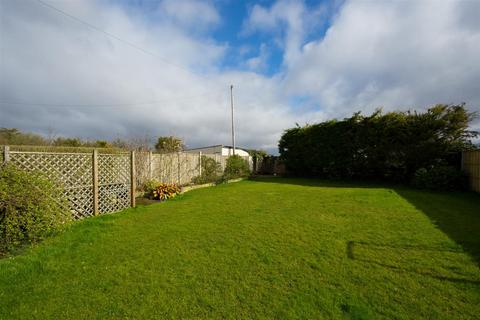 4 bedroom house for sale - York Road, Haxby, York