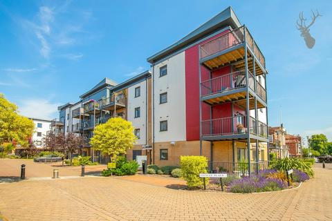 3 bedroom flat for sale - Shingly Place, London