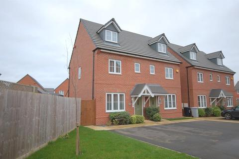 3 bedroom semi-detached house for sale - Philip Taylor Drive, Crewe