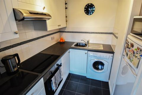 1 bedroom flat to rent - Feckenham Court, High Street, Feckenham