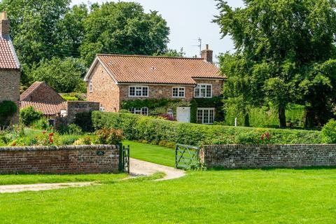 4 bedroom detached house for sale - Main Street, Askham Richard, York