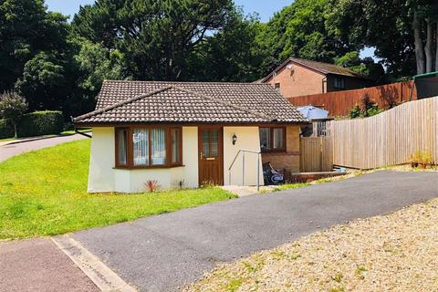2 bedroom detached bungalow for sale - Llys Westfa, Felinfoel