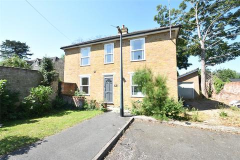 4 bedroom detached house to rent - Riseley Road, Maidenhead, Berkshire, SL6
