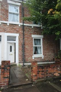 4 bedroom terraced house to rent - Belle Grove West, Spital Tongues
