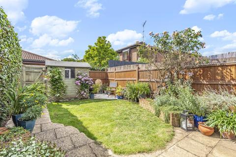 2 bedroom terraced house for sale - De Montfort Road, Streatham