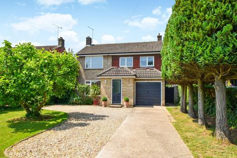4 bedroom detached house for sale - Huntercombe Lane North, Taplow, SL6