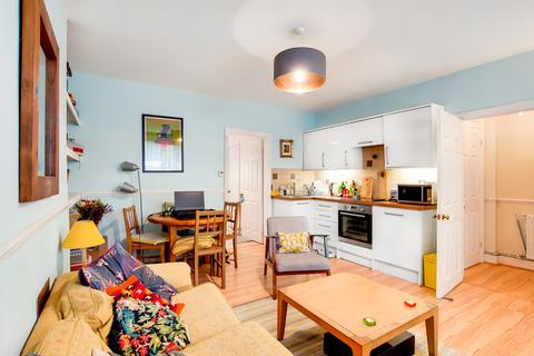 1 bedroom flat to rent -  Manor Park,  London, SE13