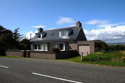 3 bedroom detached house for sale - GLEN COTTAGE, GARRABOST, POINT, ISLE OF LEWIS HS2