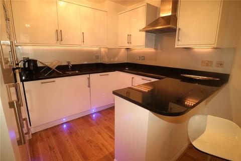 2 bedroom apartment to rent - Callard Close, London, W2