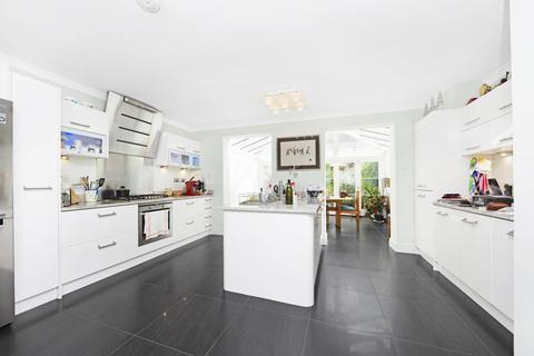 5 bedroom house to rent - Millers Court, Chiswick, W4