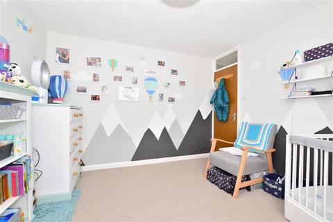 4 bedroom detached house for sale - Silver Close, Tonbridge, Kent