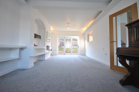 2 bedroom terraced house to rent - Baring Road Grove Park SE12