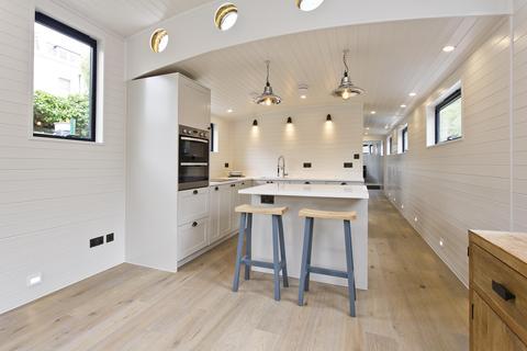 2 bedroom house to rent - Blomfield Road, LITTLE VENICE, London, UK, W9