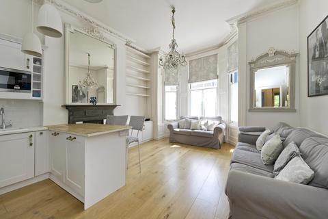 2 bedroom apartment to rent - Powis Gardens, London, W11