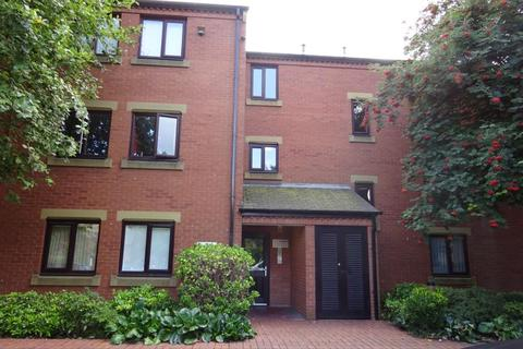 1 bedroom apartment to rent - Chantrell Court