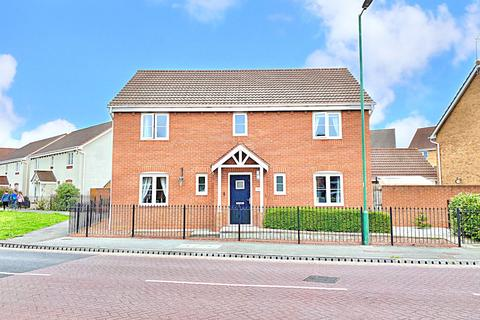 4 bedroom detached house for sale - Runnymede Lane, Kingswood, Hull, East Yorkshire, HU7