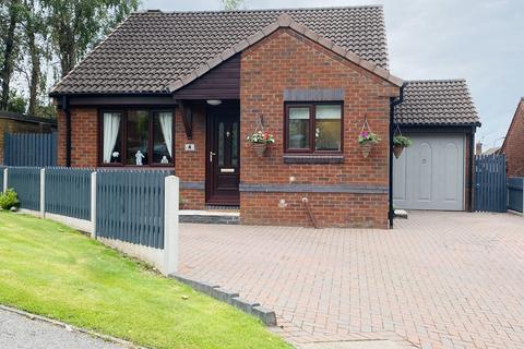 2 bedroom detached bungalow for sale - Pasture Close, Macclesfield, SK10