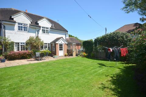 4 bedroom cottage to rent - Half Moon Lane, Tonbridge