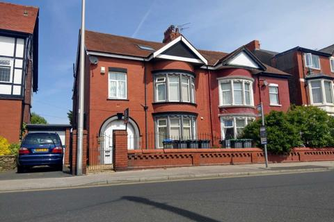 2 bedroom flat to rent - Hornby Road, Blackpool