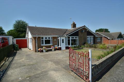 3 bedroom semi-detached bungalow for sale - Newland Avenue, Worlingham, Beccles
