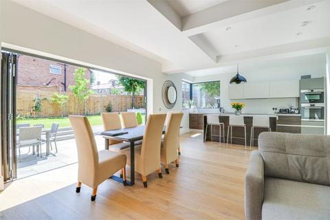 5 bedroom semi-detached house for sale - Halliwick Road, Muswell Hill, London