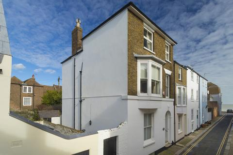 4 bedroom townhouse for sale - Silver Street, Deal