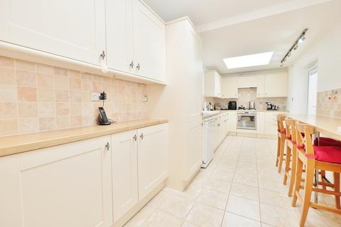 2 bedroom semi-detached house for sale - Jackson Road, Bromley
