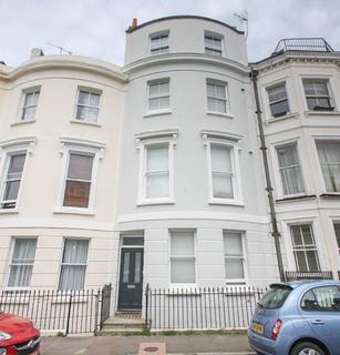 1 bedroom ground floor flat to rent - St Georges Terrace, Brighton