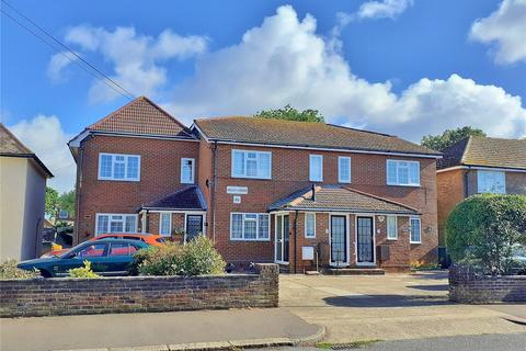 2 bedroom apartment for sale - St Lawrence Avenue, Worthing, West Sussex, BN14