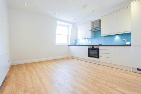 2 bedroom apartment to rent - West Green Road, Seven Sisters, N15