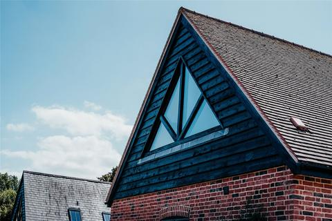 2 bedroom house for sale - Minchens Barns Homes, Minchens Lane, Bramley, Tadley, RG26