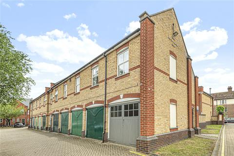 2 bedroom flat for sale - Jasmin Court, Woodyates Road, Lee, London, SE12