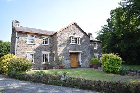 5 bedroom detached house for sale - Wern Villa, Ystradfellte Road, Neath
