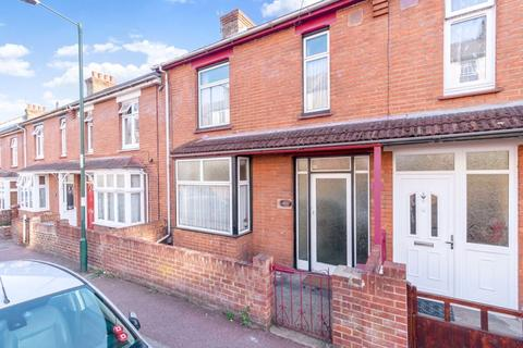 3 bedroom terraced house for sale - Upper Luton Road, Chatham