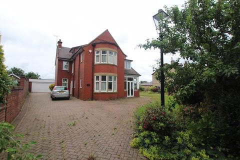 4 bedroom property to rent - Rochdale Road, Rochdale