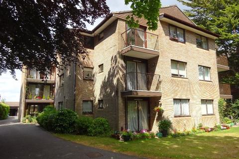 2 bedroom apartment for sale - Balcony Flat, Richmond Park Road, Charminster, BH8
