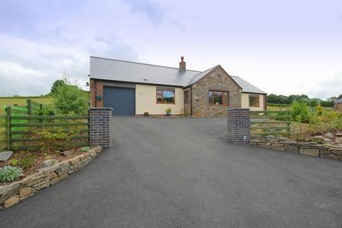 3 bedroom detached bungalow for sale - Nant Ceiriog, Van, Llanidloes
