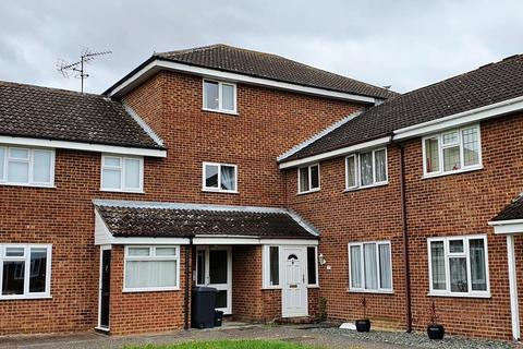 2 bedroom flat for sale - Forefield Green, Chelmsford, CM1